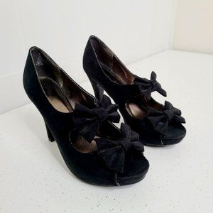 Xhilaration Open Toe Velour with Bow Accent Heels